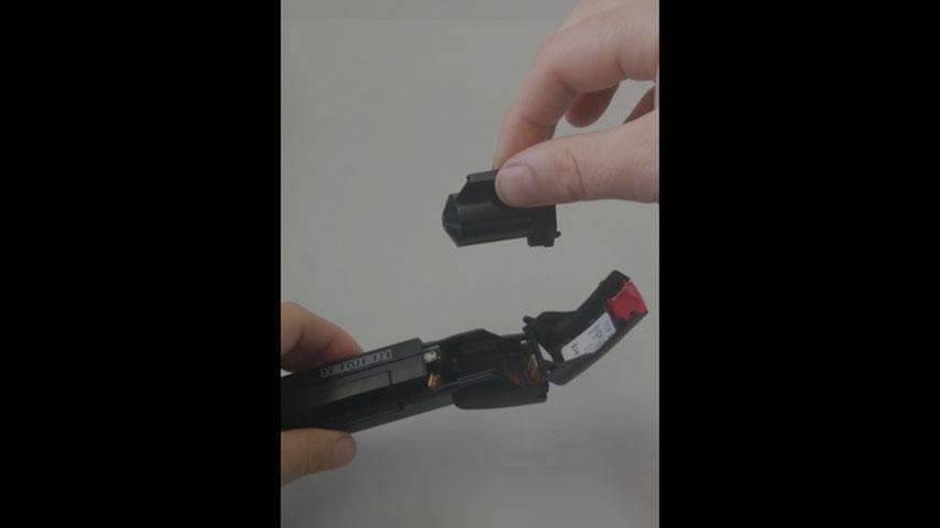 inserting cartridge into speed-i-Jet
