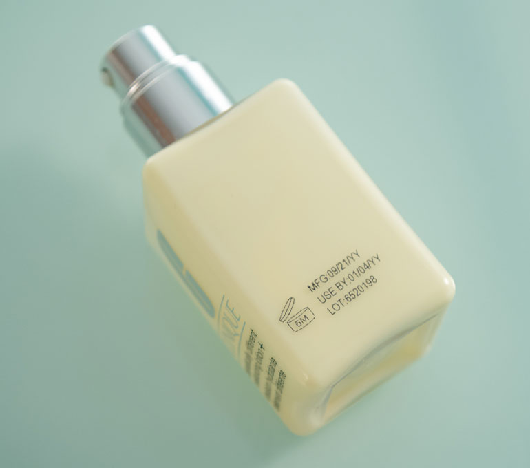 Lotion pump with date and lot number